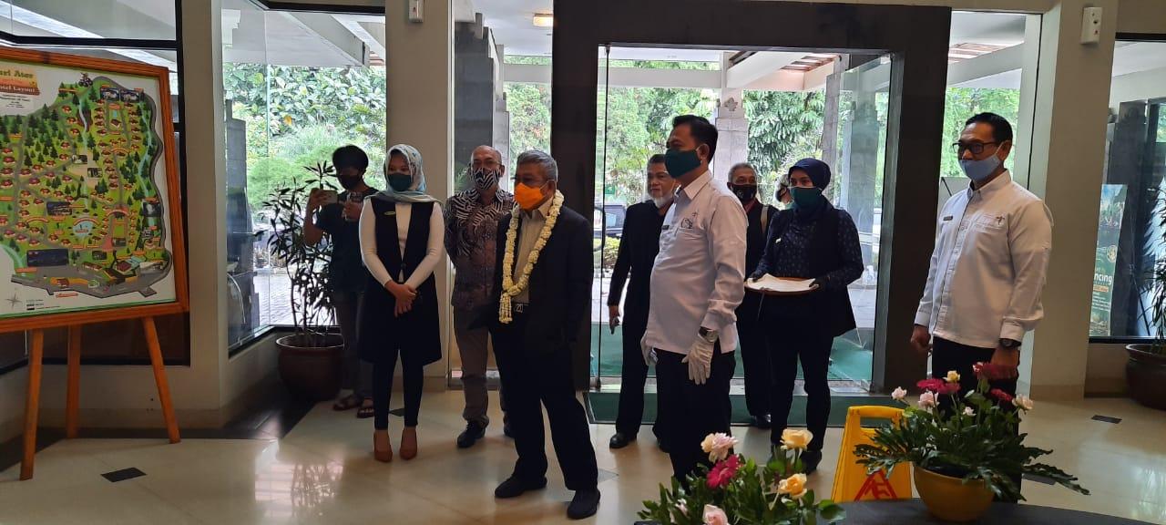 Mendampingi Gubernur Sulawesi Barat dengan Investor PT. Panorama Group (Mamuju Smart Forest City) MSFC